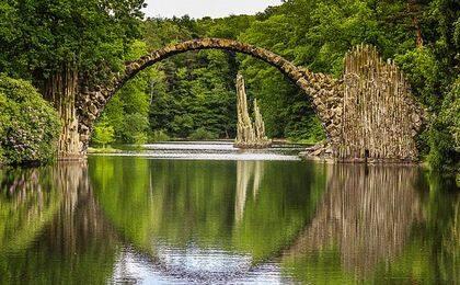 关于一些风景桥的照片