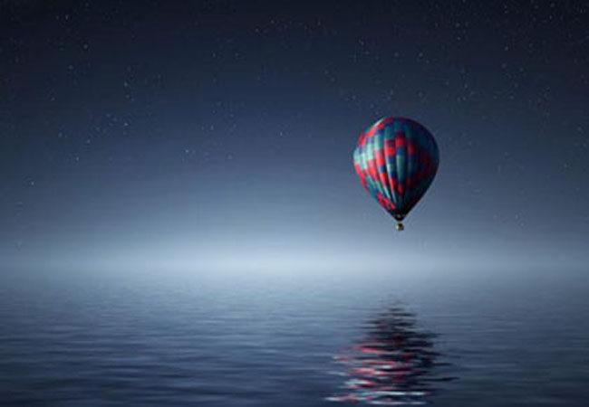 怒江拍照失足坠崖 旅游意外险护航更安心