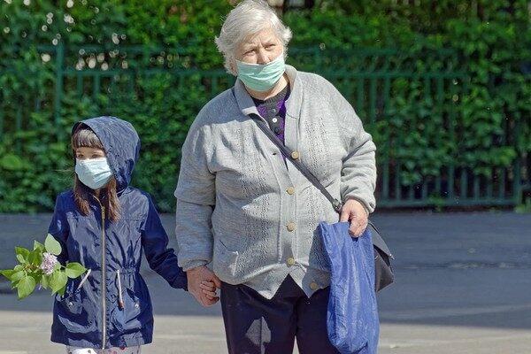 老年重疾险投保要注意什么
